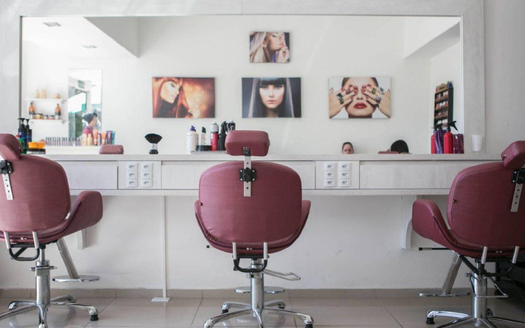 Own A Beauty Salon? Here's How You Can Market It On Social Media